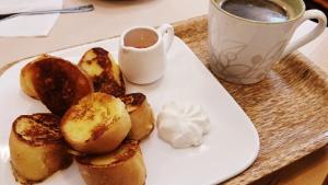ベーグルのフレンチトーストとコーヒーセット