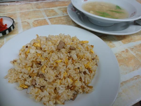 龍ちゃん飯店 炒飯とスープ