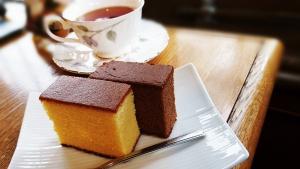 松翁軒 カステラと紅茶のセット
