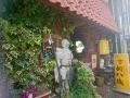 甲冑が目印の喫茶店