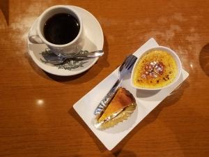 ココナッツプリンとオレンジのチーズケーキ
