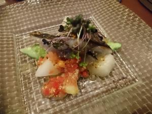 前菜の鮮魚サラダ仕立て
