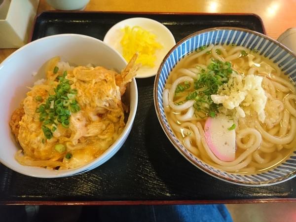 日替わり定食(えび天丼とミニうどん)