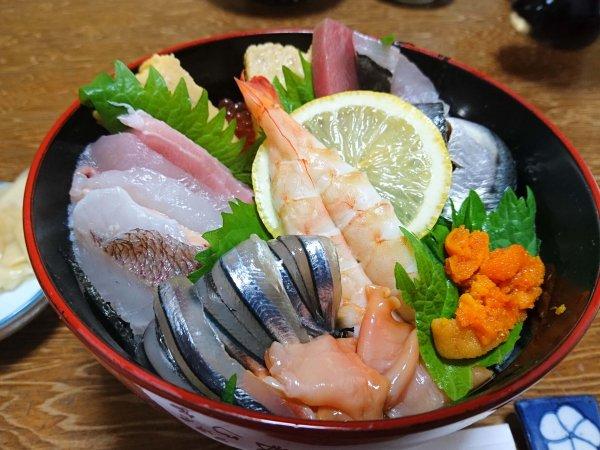 上海鮮光り丼(2000円)