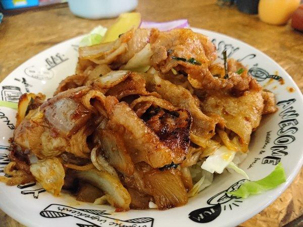 豚キムチ丼(650円)