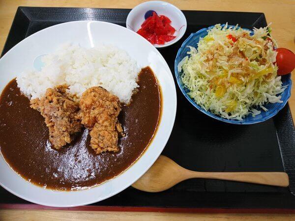から揚げカレー(720円)