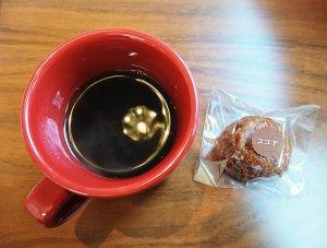 セットにつくコーヒーと焼き菓子