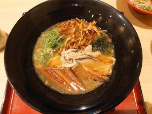 三節と炙りあなごの濁り醤油ラーメン(950円)