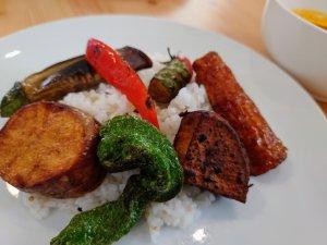 スープカレーのライスと揚げ野菜