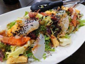 海鮮サラダ(700円)